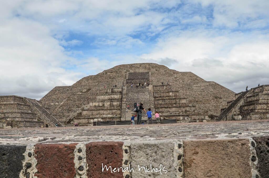 pyramid of the moon