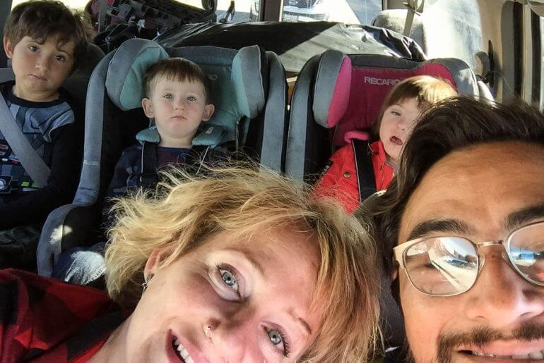family of 5 driving to the airoport