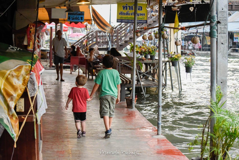 Meriah Nichols Amphawa Floating Market-25