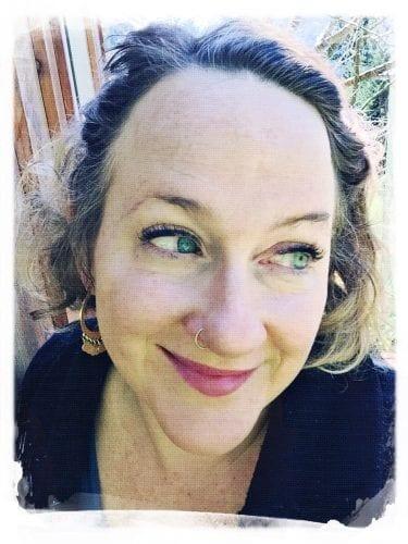 Meriah Nichols: I'm a teacher, artist, tech-junkie, mom, cat-lover, Trekkie, yurt-dwelling off-the-grid farmer's wife who blogs