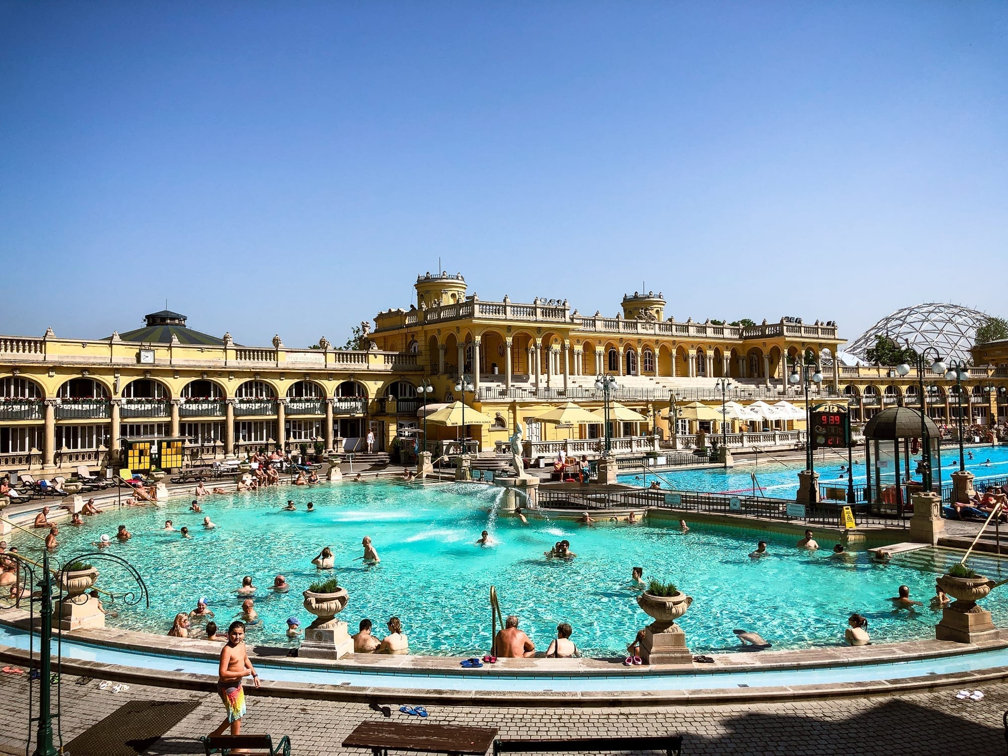 Szechenyi Bath for physical access