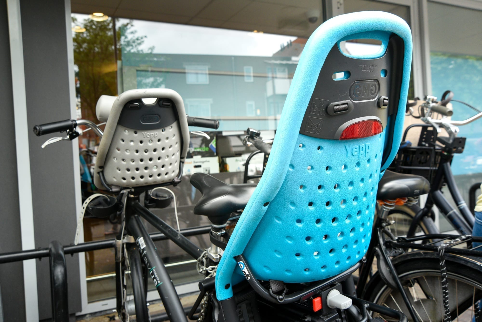 bike seats on a bike